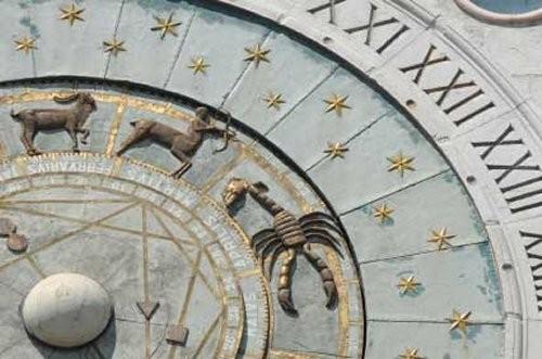 greek_astrologywheel_1
